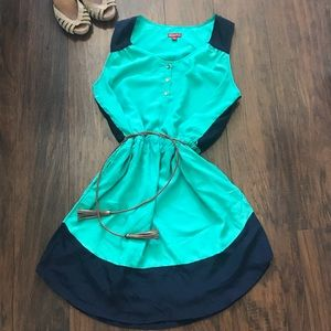 Merona green and navy light dress 👗
